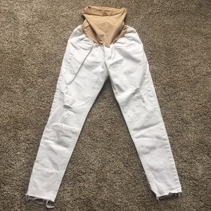 Lot of 2 pairs of white maternity jeans. Sz: S/M